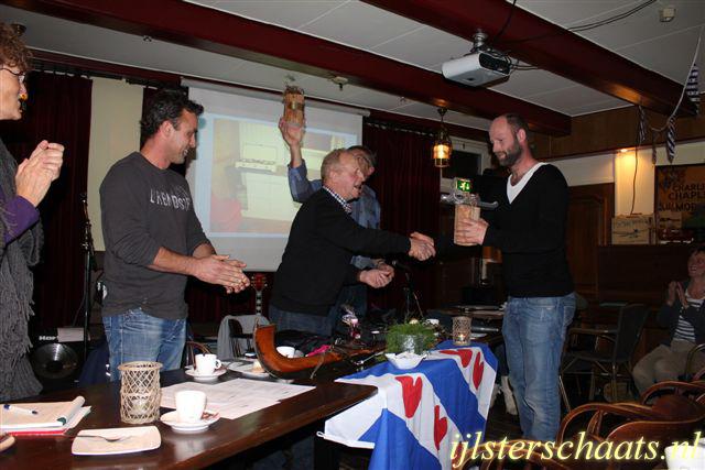 2011-11-24_ledefergadering-005